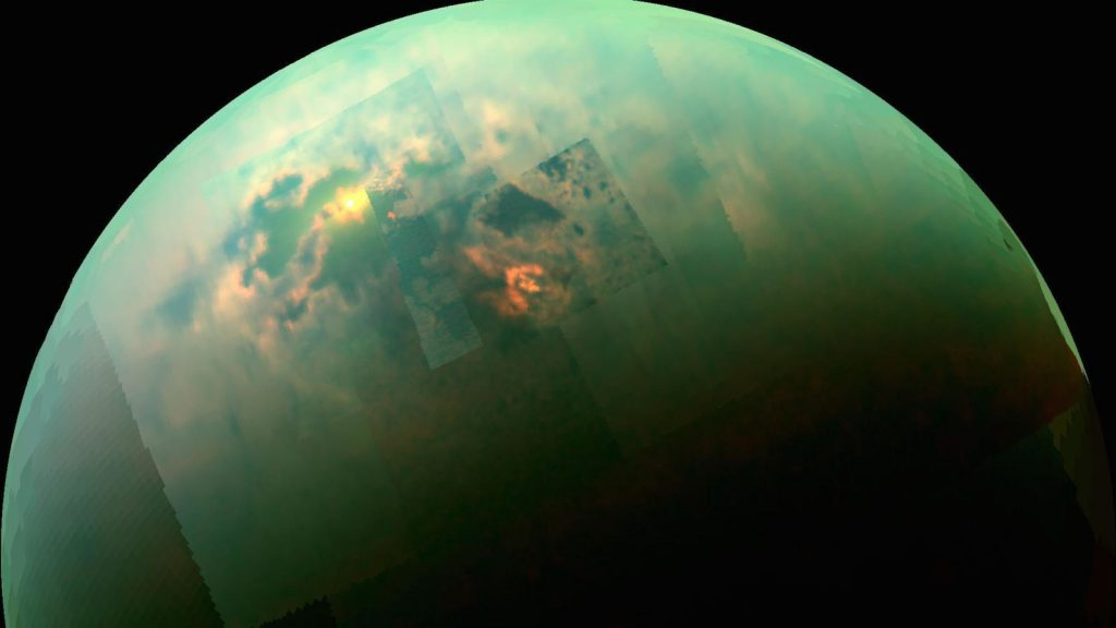 Titan, lune verte de Saturne © NASA